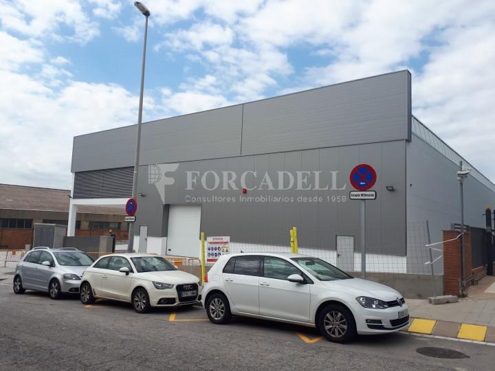 Nau industrial en lloguer de 3.575 m² - Sant Joan Despi, Barcelona 11