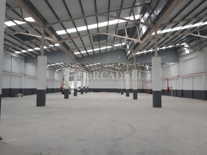 Nau industrial en lloguer de 3.575 m² - Sant Joan Despi, Barcelona 2