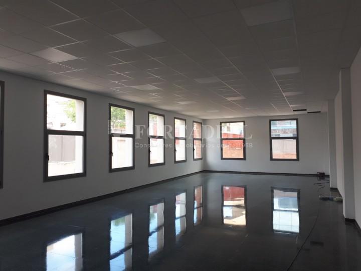 Nau industrial en lloguer de 3.575 m² - Sant Joan Despi, Barcelona 7