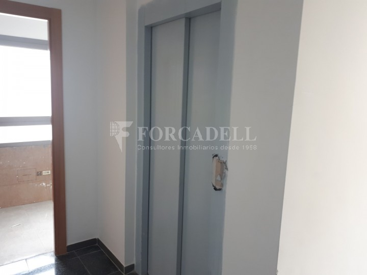 Nau industrial en lloguer de 3.575 m² - Sant Joan Despi, Barcelona 8