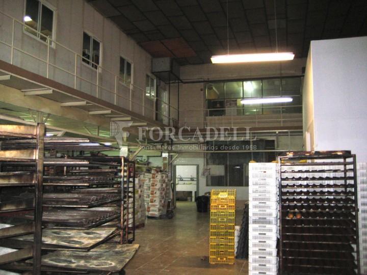 Nau industrial en venda de 437 m² - Barcelona.  2