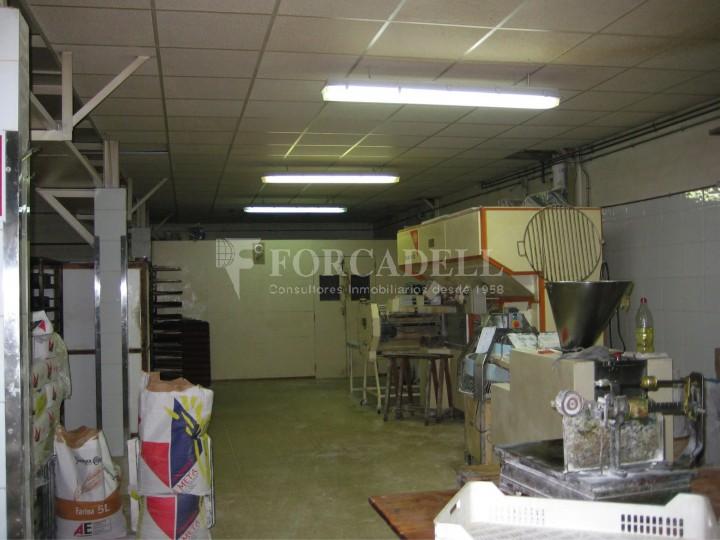 Nau industrial en venda de 437 m² - Barcelona.  4