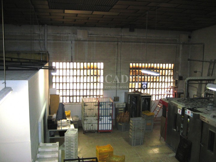 Nau industrial en venda de 437 m² - Barcelona.  6