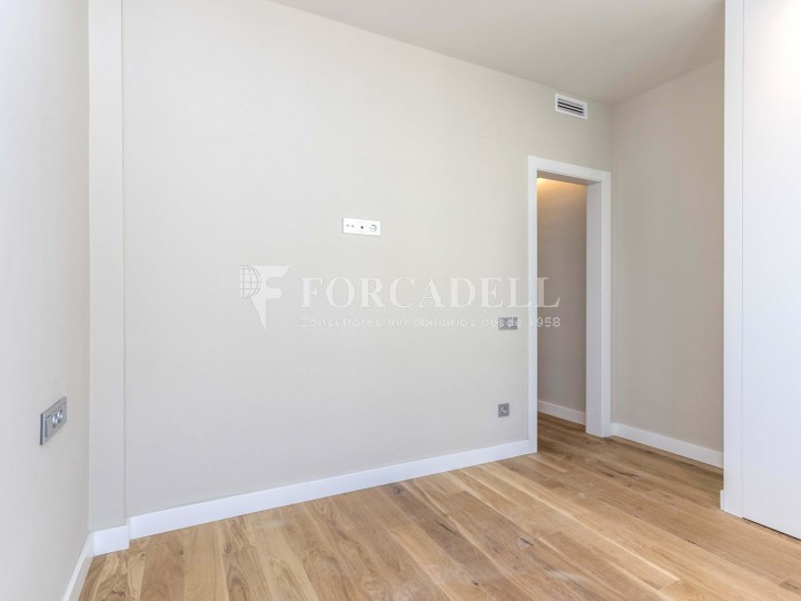 Flat in renovated building in Lleida street of Poble Sec. Barcelona. 9