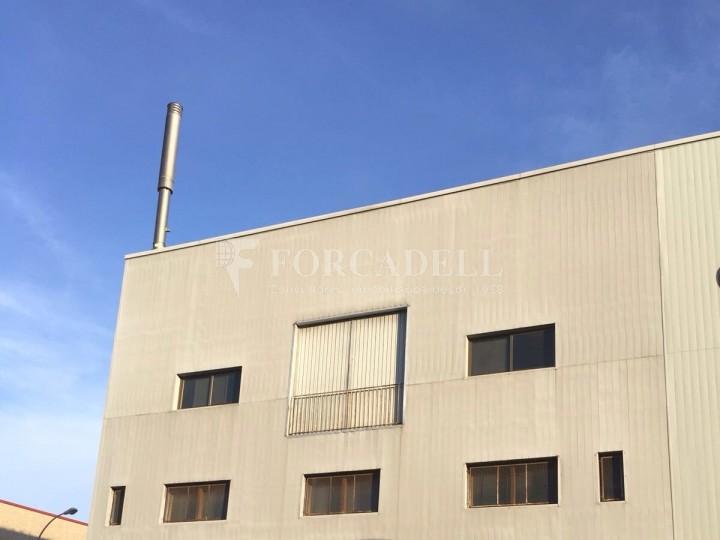 Nau industrial en venda de 736 m² - Badalona. Barcelona #2