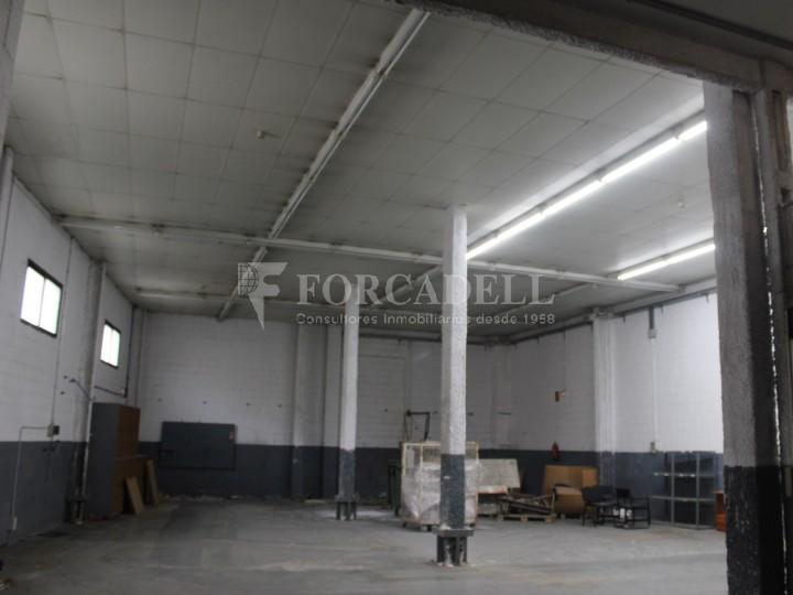 Nau industrial en venda de 736 m² - Badalona. Barcelona #3