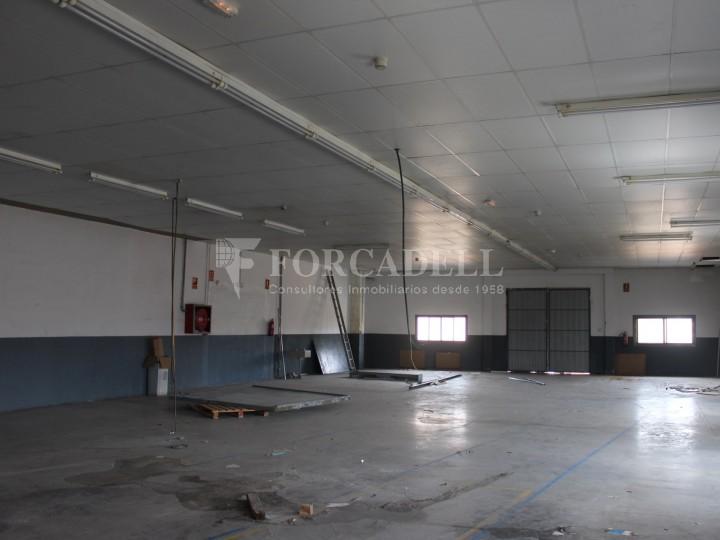 Nau industrial en venda de 736 m² - Badalona. Barcelona #8