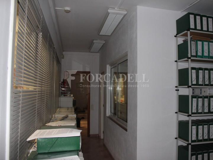 Nau industrial en venda o lloguer d'1.545 m² - Sant Pere de Ribes, Barcelona.  #10