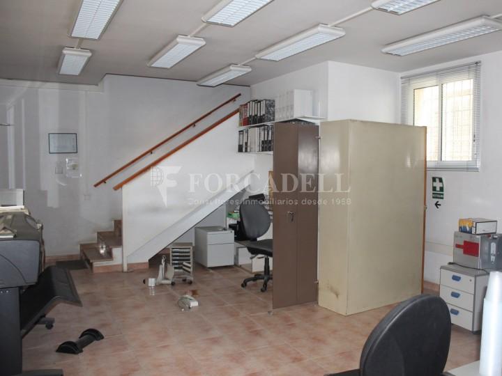 Nau industrial en venda o lloguer d'1.545 m² - Sant Pere de Ribes, Barcelona.  #11