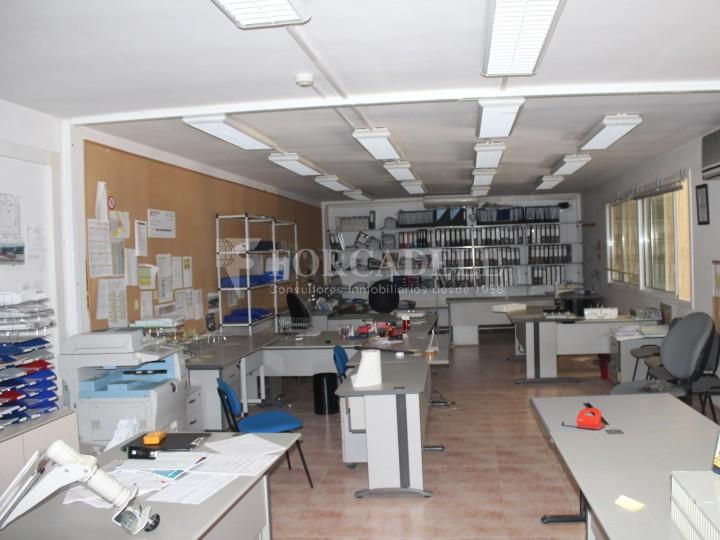 Nau industrial en venda o lloguer d'1.545 m² - Sant Pere de Ribes, Barcelona.  #12