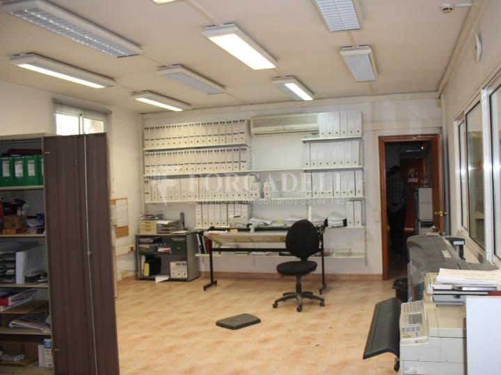 Nau industrial en venda o lloguer d'1.545 m² - Sant Pere de Ribes, Barcelona.  #16