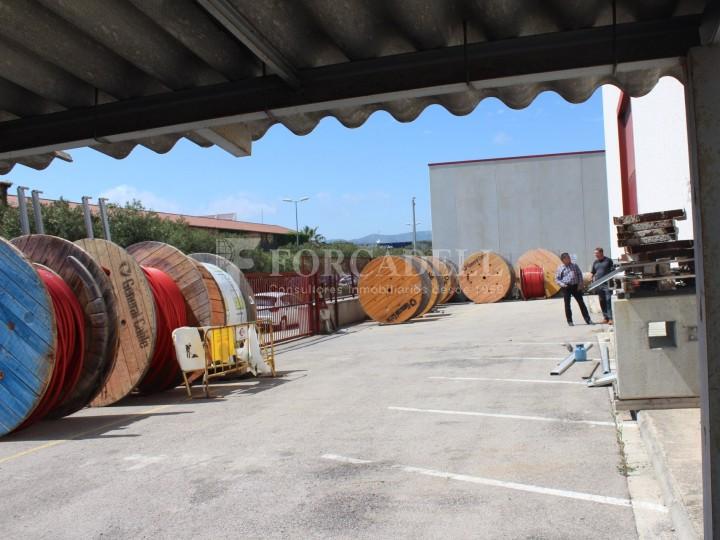 Nau industrial en venda o lloguer d'1.545 m² - Sant Pere de Ribes, Barcelona.  #20