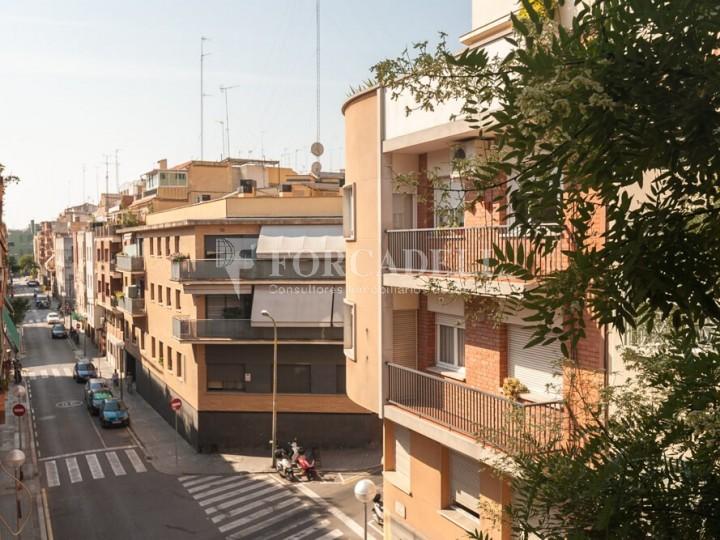 Pis en venda de 104m2 segons cadastre, al barri del Guinardó de Barcelona.  21
