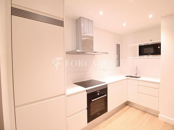 Fantàstics pisos a la venda, nous a estrenar, al barri de la Nova Esquerra de l'Eixample de Barcelona. Ref. V23401
