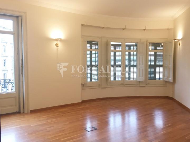 Oficina en lloguer pròxima a Passeig de Gràcia. C. Roger de Llúria. Barcelona. #12