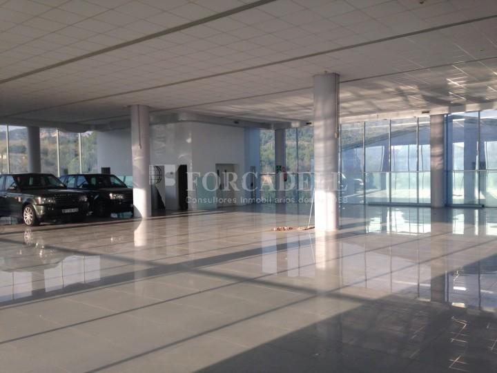Edificio industrial oficinas de 3.000 m² -  Sant Just Desvern, Barcelona. #10