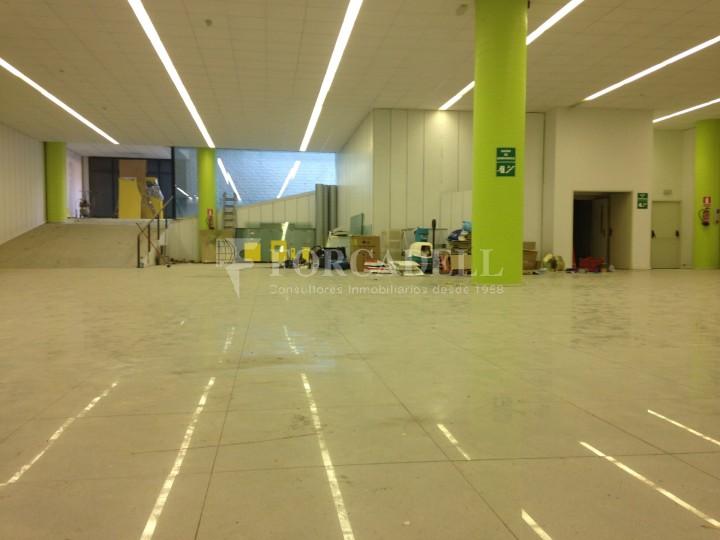 Edifici industrial oficines de 3.000 m² - Sant Just Desvern, Barcelona. 13