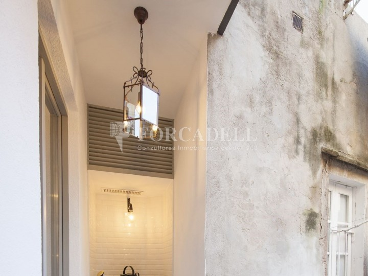 Apartment for sale of 88m² according to cadastre in the Born district of Barcelona. 8