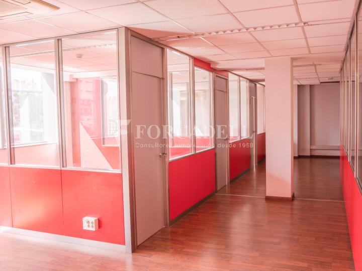 Oficina exterior i lluminosa en lloguer o venda. Gran Via de les Corts Catalanes. Barcelona #3