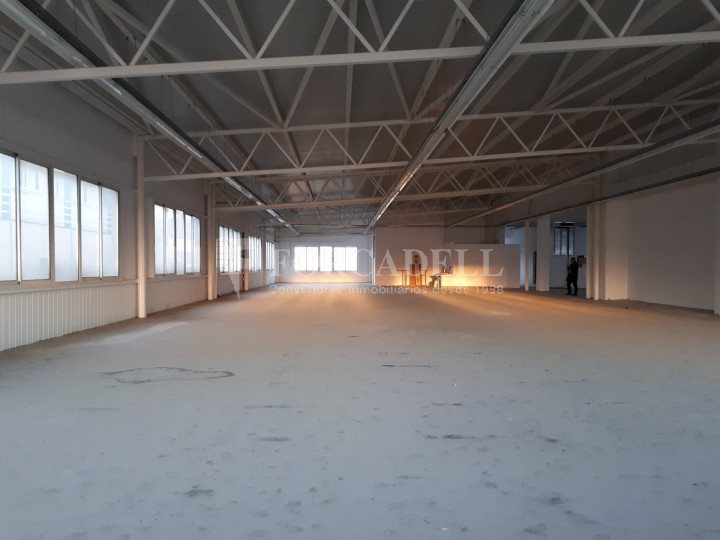 Edifici industrial en venda de 3.450 m² - Sant Joan Despí, Barcelona. 10