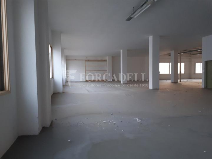 Edifici industrial en venda de 3.450 m² - Sant Joan Despí, Barcelona. 11