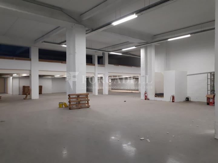 Edifici industrial en venda de 3.450 m² - Sant Joan Despí, Barcelona. 3