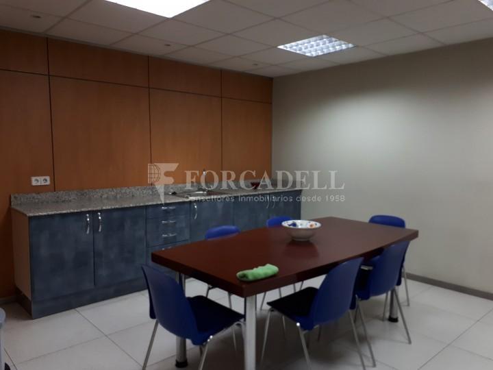 Nau industrial en venda de 1.324 m² - Sant Feliu de Llobregat, Barcelona. #11