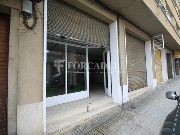 Local en venda al barri de Ca n'Aurell. Terrassa. Barcelona. 9