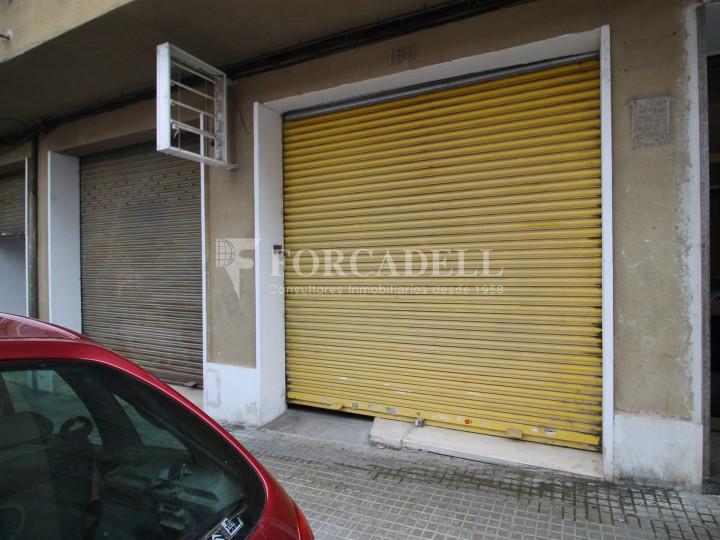 Local en venda al barri de Ca n'Aurell. Terrassa. Barcelona. 11