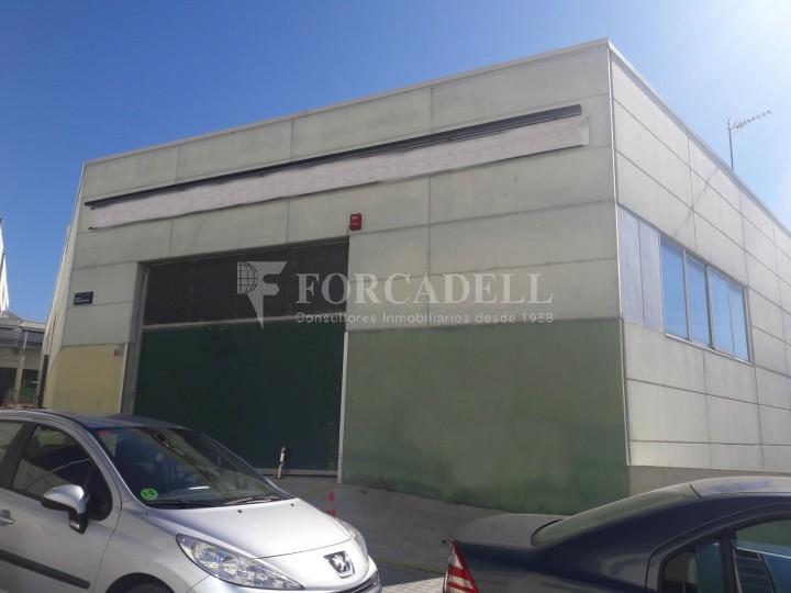 Nau industrial en venda de 1.286 m² - Badalona, Barcelona.  #2