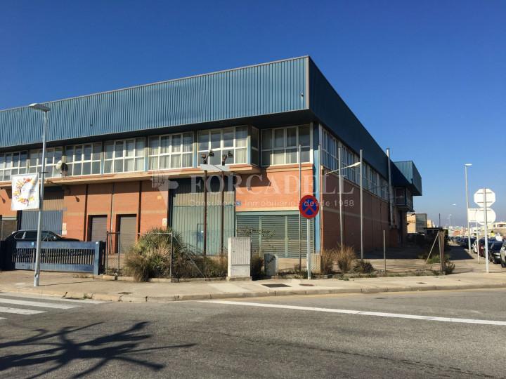 Nau industrial en venda de 1.027 m² -Molins de Rei, Barcelona #1
