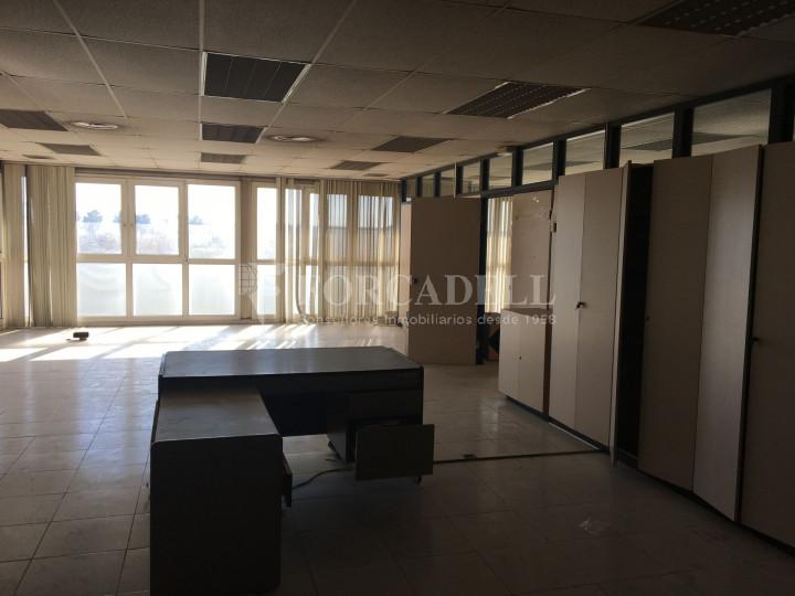 Nau industrial en venda de 1.027 m² -Molins de Rei, Barcelona 4