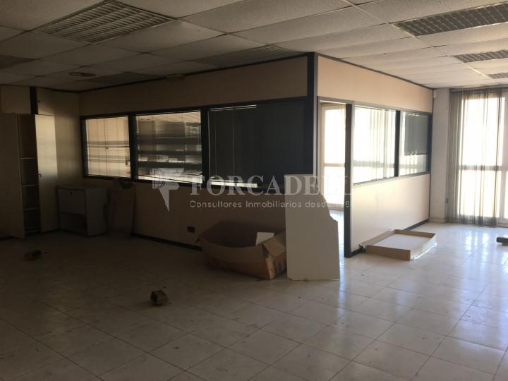 Nau industrial en venda de 1.027 m² -Molins de Rei, Barcelona #8
