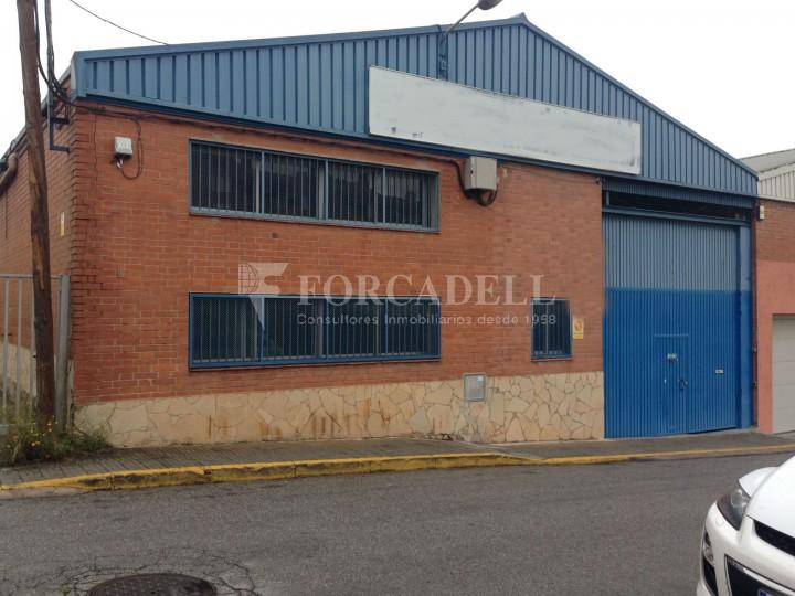 Nau industrials en venda de 2.883 m² - Ripollet, Barcelona #1