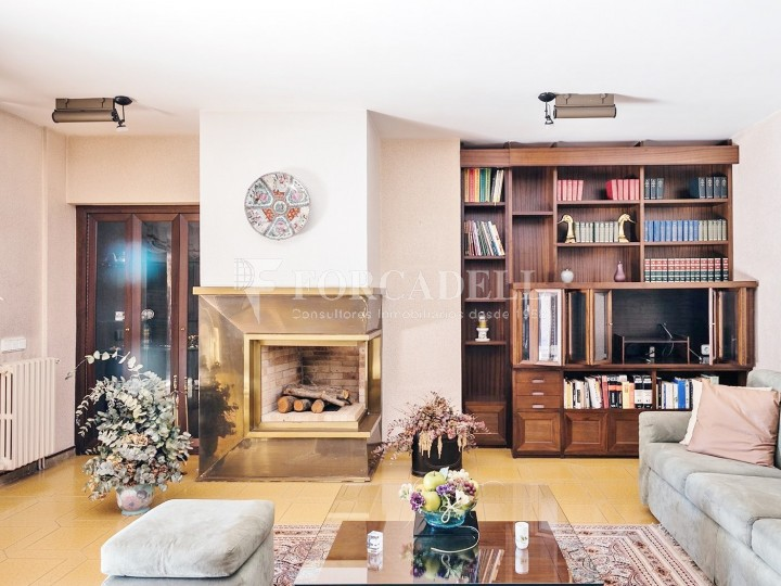 Casa amb terreny annex amb arbres fruiters, a la comarca de La Selva. Girona.  13