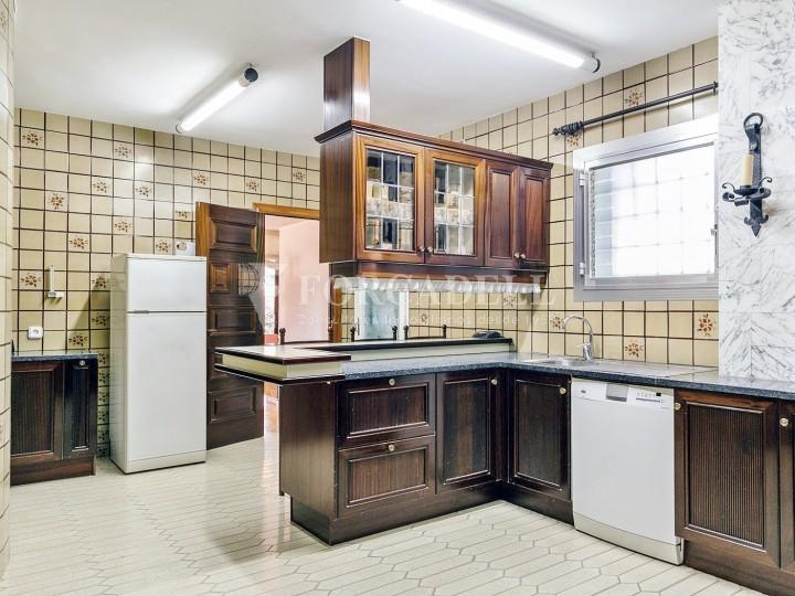 Casa amb terreny annex amb arbres fruiters, a la comarca de La Selva. Girona.  19