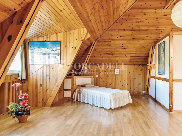 Casa amb terreny annex amb arbres fruiters, a la comarca de La Selva. Girona.  41