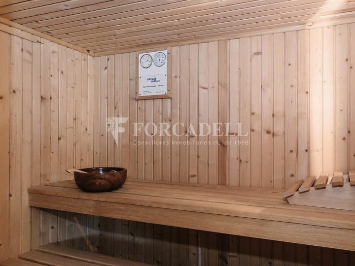 Casa amb terreny annex amb arbres fruiters, a la comarca de La Selva. Girona.  48