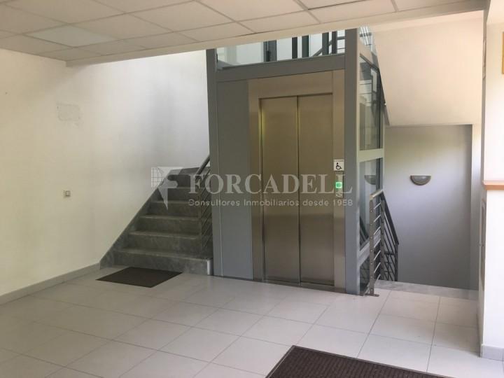 Nau industrial en venda o lloguer d'5.188 m² - Cerdanyola del Vallès, Barcelona. 10