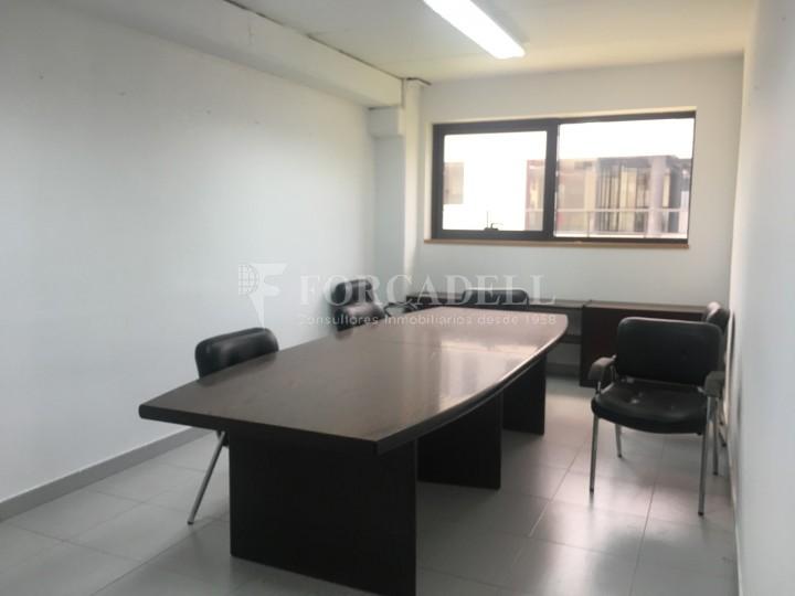 Nau industrial en venda o lloguer d'5.188 m² - Cerdanyola del Vallès, Barcelona. 11