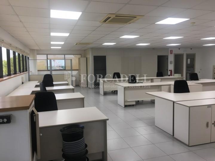 Nau industrial en venda o lloguer d'5.188 m² - Cerdanyola del Vallès, Barcelona. 12