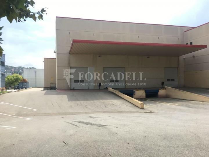 Nau industrial en venda o lloguer d'5.188 m² - Cerdanyola del Vallès, Barcelona. 2