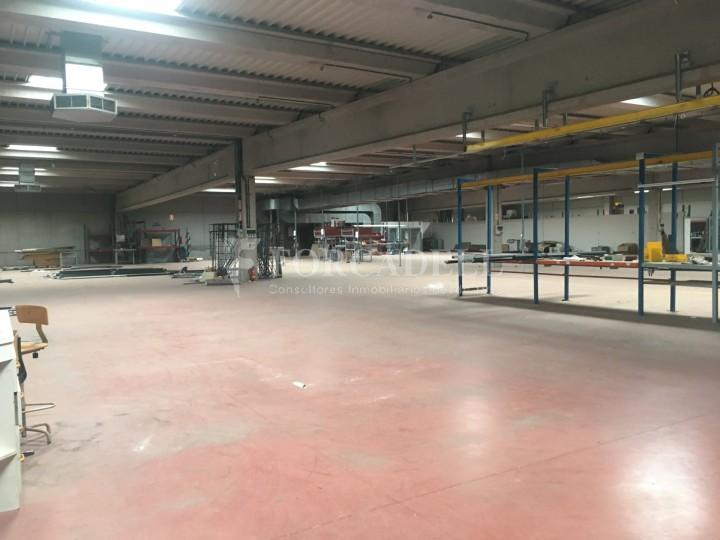 Nau industrial en venda o lloguer d'5.188 m² - Cerdanyola del Vallès, Barcelona. 8
