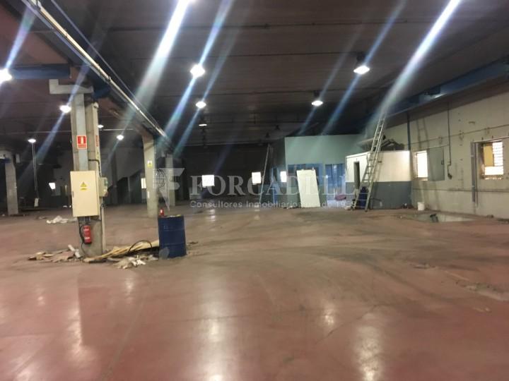 Nau industrial en venda o lloguer d'5.188 m² - Cerdanyola del Vallès, Barcelona. 9