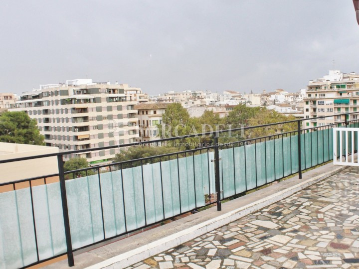 Renovated penthouse in Santa Catalina, Palma.  #2