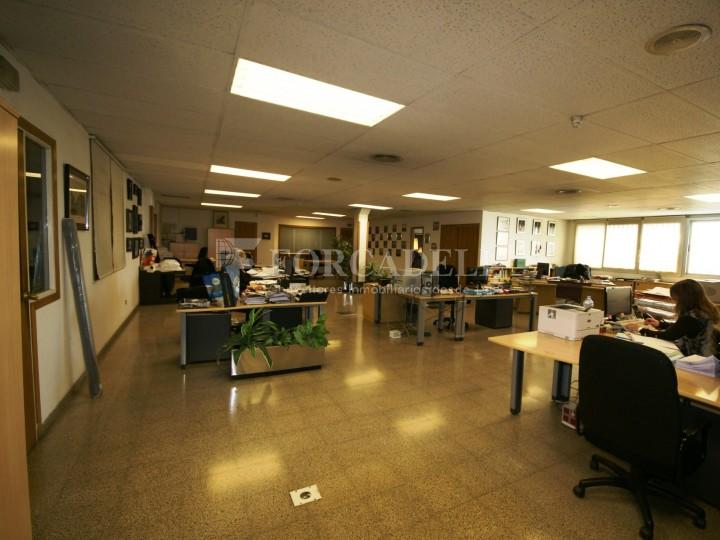 Nau industrial en lloguer de 3.595 m² - Sabadell, Barcelona. #4