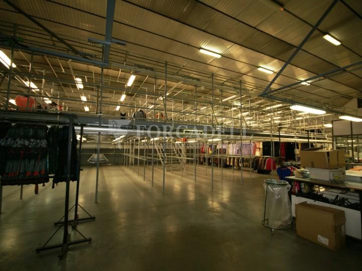 Nau industrial en lloguer de 3.595 m² - Sabadell, Barcelona. #6