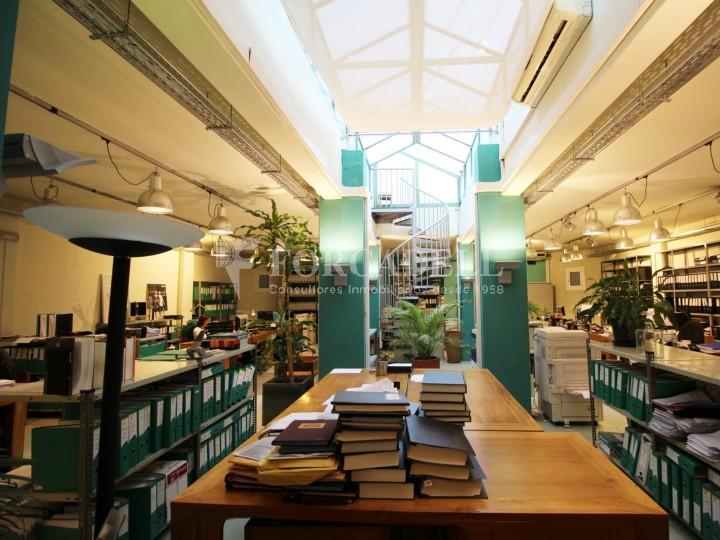 Oficina en venda en planta principal. C.Casp. Barcelona. #1