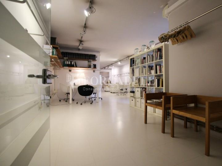 Oficina en venda en planta principal. C.Casp. Barcelona. #12