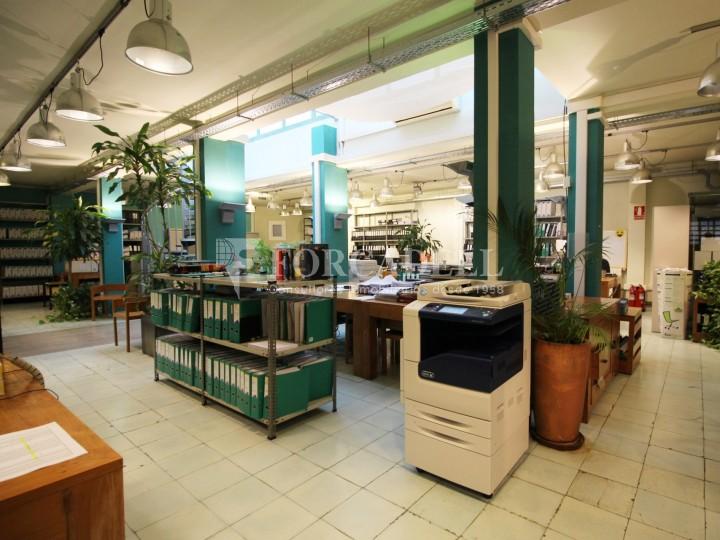 Oficina en venda en planta principal. C.Casp. Barcelona. #18